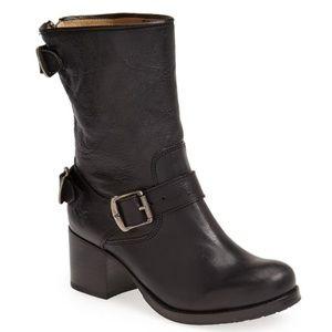 FRYE Vera Back-Zip Short Boot In Black